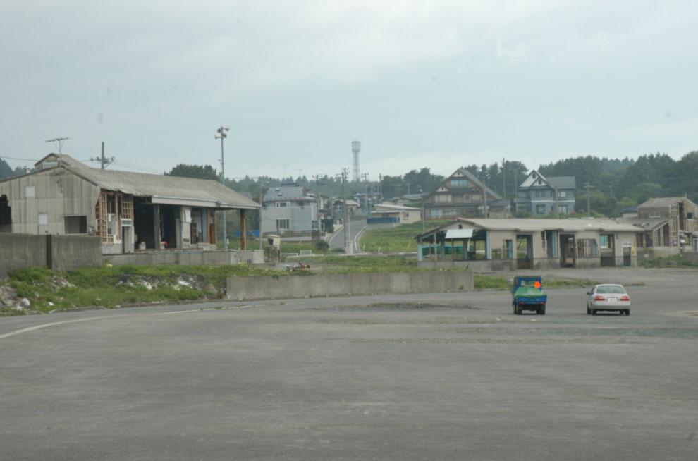 復旧後の大蛇漁港 海産物簡易加工センターなど